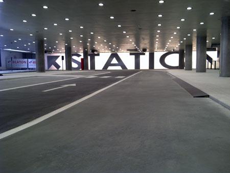 kiss-ride-gent-station-2